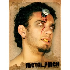 Prosthetic Wound Metal Pinch in Head