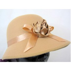 Hat Bonnet Felt for Lady 1920s Brown